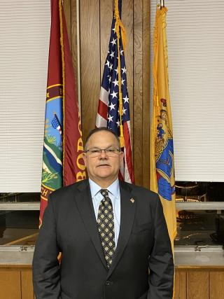 Photo of Mayor Jeffrey Lahullier